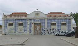 Fachada do edifício aonde funcionou a secretaria da antiga Escola Industrial de Olhão